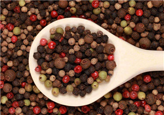 女性健康<font color='red'>饮食</font>须知 胡椒可预防大脑疾病