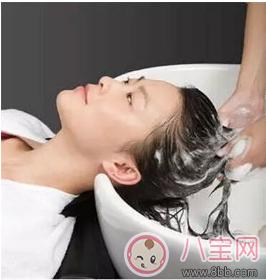 夏季坐月子期间什么时候可以洗头 这样洗更健康