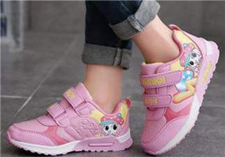 宝宝机能鞋学步鞋的区别有哪些 宝宝机能鞋和学步鞋哪种好