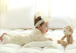 秋季宝宝出游需要准备什么 秋天宝宝出门用品
