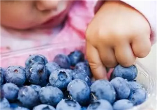如何选择宝宝<font color='red'>零食</font> 让宝宝吃的更营养健康