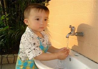 宝宝洗手有技巧 正确洗手病情远离他