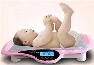 刚出生的婴儿多少斤正常 宝宝的<font color='red'>体重</font>和智商有关吗(越重智商越高)