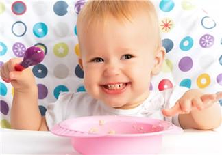 孩子即使不<font color='red'>吃饭</font> 也不要用食物勉强ta!
