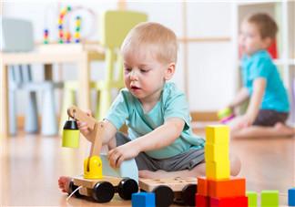 为什么一定要给孩子玩积木