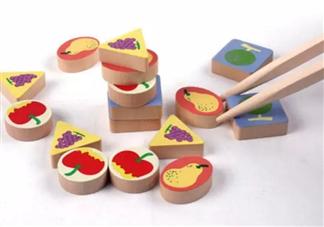 亲子游戏趣味多 互动性筷子游戏